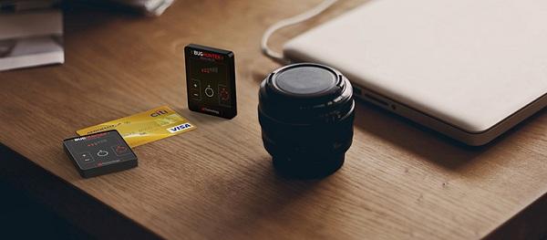 Перед вами суперкомпактное устройство, сопоставимое по своим размерам с кредитной карточкой