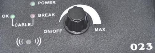 Изменяйте ширину участка от границы, проложенной с помощью кабеля, до приемника с помощью вращающегося регулятора