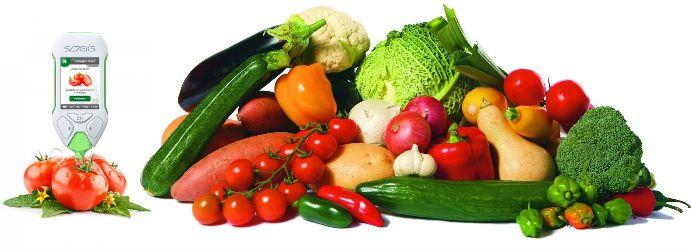 Прибор позволяет измерять и сравнивать с допустимым значением содержанием нитратов в 60 разных продуктах питания
