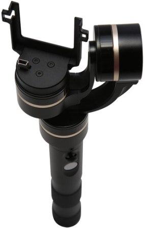 Встроенный miniUSB-штекер для подключения камеры к стабилизатору