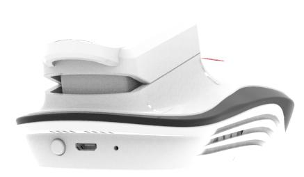 Заряжается встроенный аккумулятор через разъем Micro-USB, расположенный на торцевой части прибора