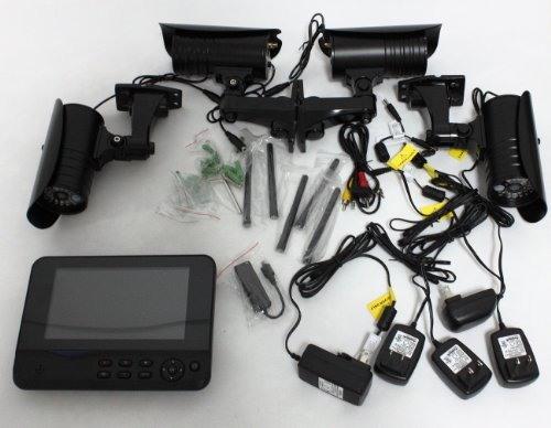"""""""GosCam 8109JU"""" укомплектован всем необходимым для быстрого развертывания системы наблюдения"""