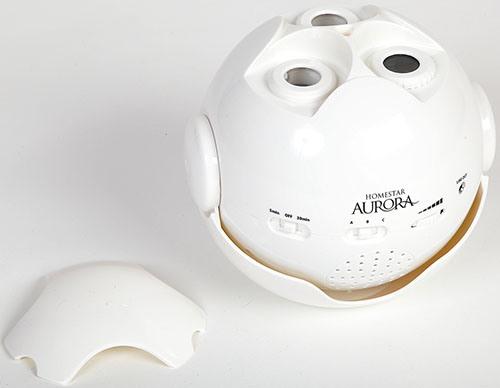 Домашний планетарий HomeStar Aurora Alaska со снятой защитой крышкой в белом корпусе