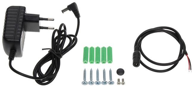 В комплекте с устройством поставляются все необходимые аксессуары, в том числе винты для монтажа