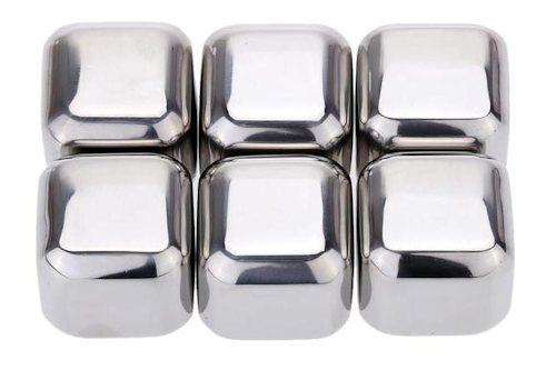 В комплекте идет 6 кубиков