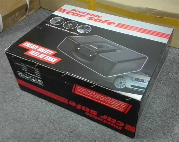 """Фирменная картонная упаковка, в которой поставляется механический сейф """"Ospon 928"""""""