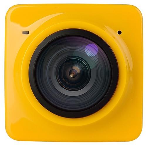 """Центральное место на лицевой панели камеры занимает сверхширокоугольный объектив типа """"рыбий глаз"""" (нажмите на фото для увеличения)"""