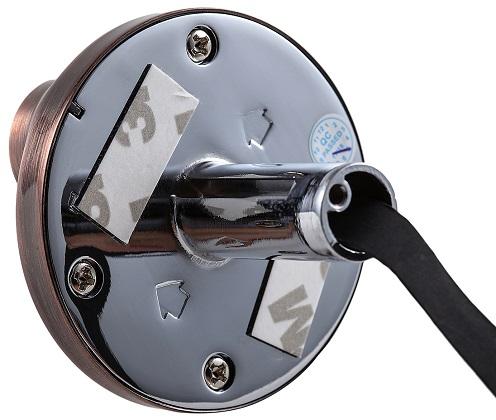 Для того, чтобы закрепить камеру на входной двери, вы можете воспользоваться специальными фиксаторами