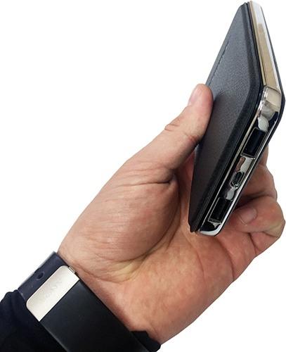 Само по себе устройство достаточно компактное и легкое (нажмите на фото для увеличения)