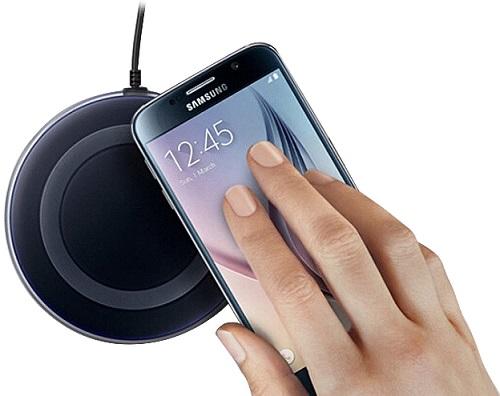 Просто положите свой смартфон на круглую платформу, и он автоматически начнет заряжаться — все очень просто и удобно!