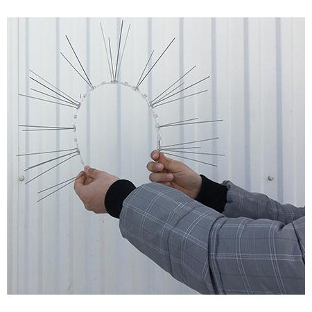 Гибкое полимерное основание дает возможность разместить шипы на любой поверхности