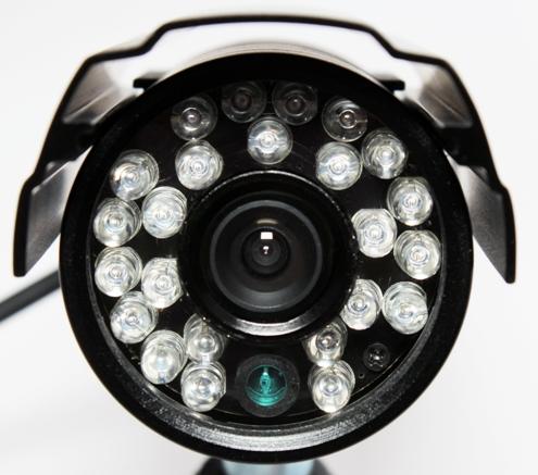 Мощная инфракрасная подсветка позволяет осуществлять видеонаблюдение при любой освещенности