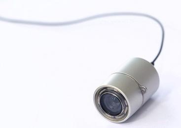Объектив этой камеры имеет угол обзора 140°