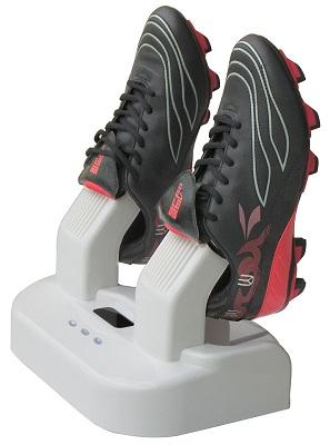 Работа прибора максимально автоматизирована — просто подключите его к электросети, разместите пару обуви и можете заниматься своими делами (нажмите на фото для увеличения)