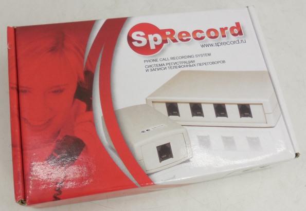 Адаптер записи телефонных разговоров с аксессуарами поставляются покупателям в компактной картонной упаковке