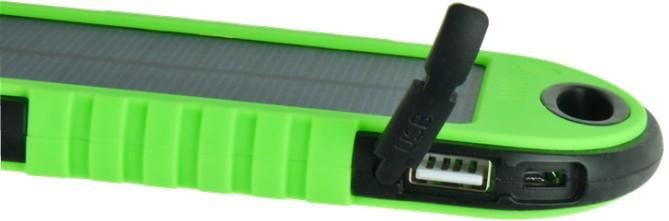USB-разъемы Вы найдете на торцевых сторонах устройства