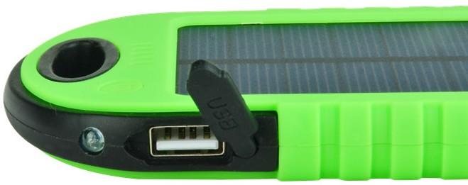 Во избежание загрязнения и получения повреждений USB-порт оснащен специальной крышкой