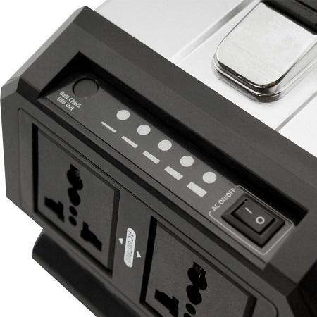 Пятиступенчатый светодиодный индикатор оставшегося заряда аккумулятора устройства располагается сверху на корпусе рядом с кнопкой включения