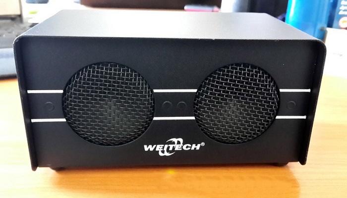 Несмотря на наличие двух ультразвуковых излучателей, данный прибор отличается весьма небольшими размерами, что облегчает его установку и перемещение с места на место