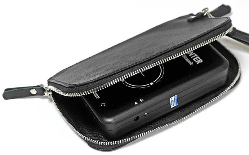 """Кожаный клатч для подавителей микрофонов и диктофонов """"BugHunter DAudio BDA-2 Voices"""" и """"BugHunter DAudio BDA-2 Ultrasonic"""""""