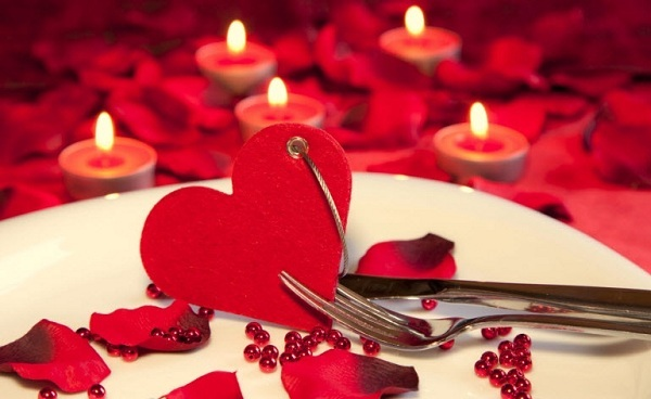 """Сердце — главный символ любви, """"переборщить"""" с которым во время романтического вечера невозможно!"""