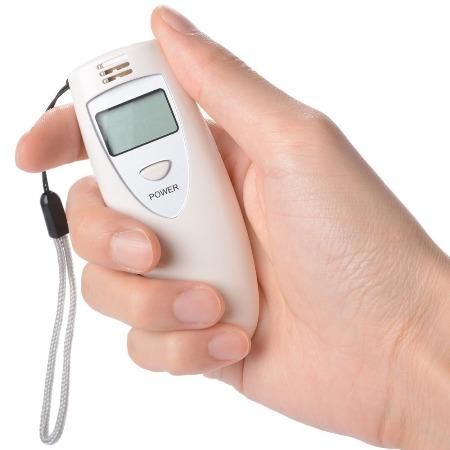 Этот компактный прибор поможет вам оценить свое состояние в любой ситуации