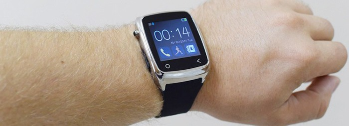 Умные часы отлично смотрятся на руке