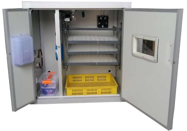 """Внутреннее пространство промышленного инкубатора """"HHD 264"""""""