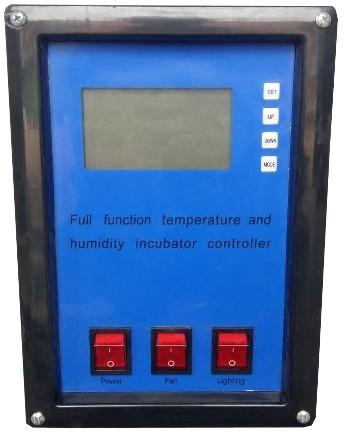 Используйте удобную кнопочную панель с дисплеем для управления работой инкубатора