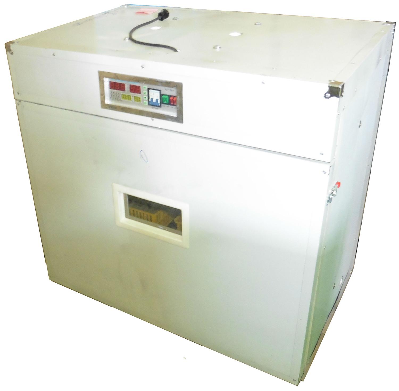 Внутреннего объема данного инкубатора достаточно для одновременного размещения до 528 куриных яиц