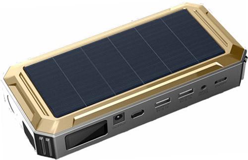 """Универсальное пуско-зарядное устройство """"JumpStarter Solar"""" оснащено солнечной панелью, что значительно упрощает зарядку встроенного АКБ"""