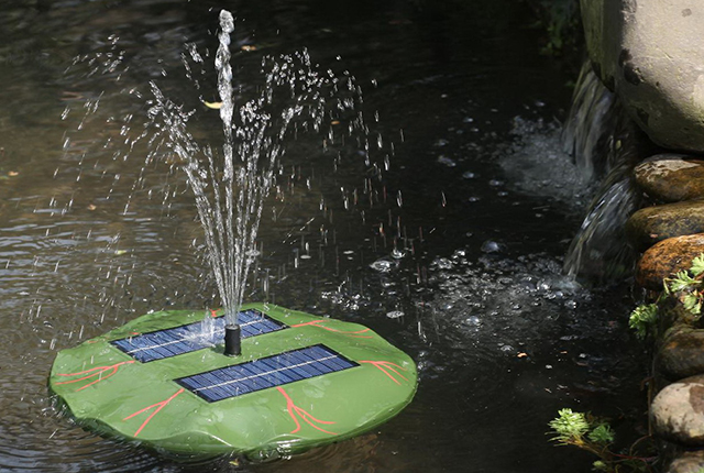 Красивый и необычный фонтанчик украсит ваш водоем