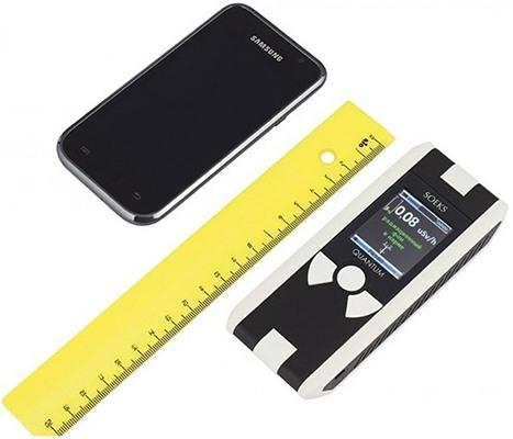По размерам дозиметр меньше смартфона