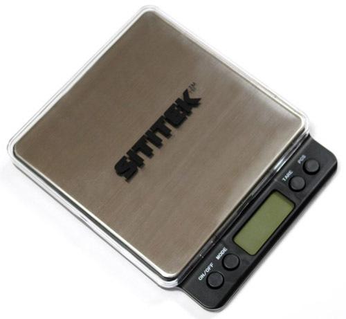 Мини-весы SITITEK C03 сверху прикрыты прозрачной защитной крышкой с логотипом SITITEK
