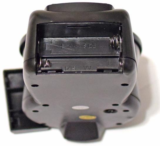Никаких проблем с батарейками — отсек питания автокормушки SITITEK Pets Fish рассчитан на 2 АА батарейки, которые продаются на каждом углу