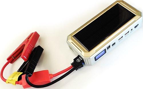 Для подключения к автоаккумулятору прибор укомплектован зажимами-крокодилами (увеличение по нажатию)