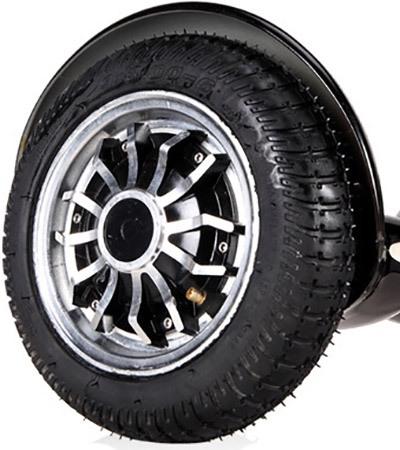 """В отличие от менее совершенных гироскутеров, модель """"SLX-005 XL"""" оборудована колесами с настоящими камерами"""