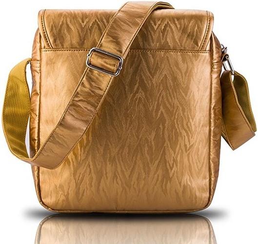 Используемые материалы обеспечивают стильный внешний вид и высокую износостойкость изделия