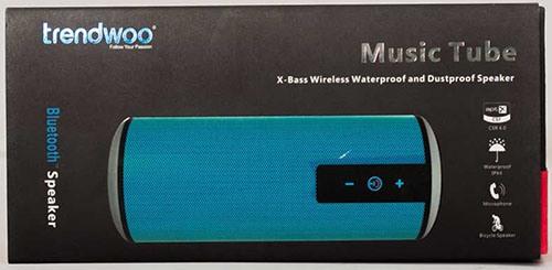 Bluetooth-колонка поставляется в красивой подарочной упаковке (нажмите на фото, чтобы увеличить)