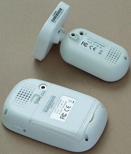 На задних панелях обоих модулей предусмотрены стандартные разъемы для адаптеров питания (увеличение по нажатию)
