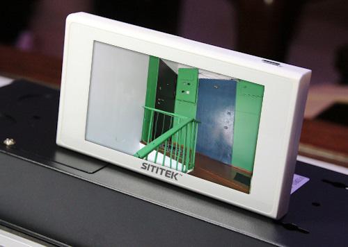 """Видеоглазок """"SITITEK Safebox"""" оснащен сенсорным дисплеем на 4,7 дюйма"""