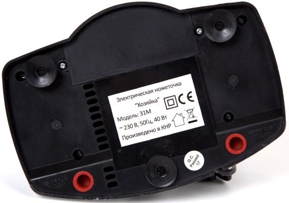 """Ножеточка SITITEK """"Хозяйка 31М"""" оборудована специальными резиновыми присосками для надежной фиксации на поверхности"""