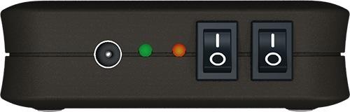 Все органы управления и индикаторы устройства собраны на одной панели