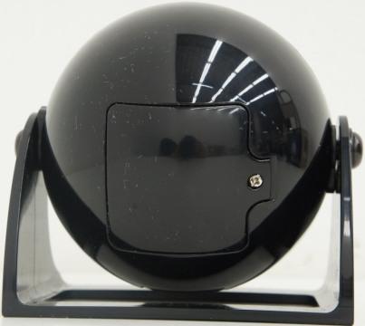 """Батарейный отсек находится в нижней части домашнего планетария """"HomeStar Lite"""""""