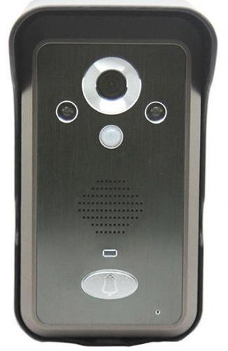 Вызывная панель беспроводного видеодомофона KIVOS имеет современный дизайн и хорошо подходит к внешнему виду практически любых входных дверей