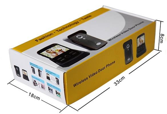 """Весь комплект беспроводного видеодомофона """"KIVOS"""" продается в небольшой картонной коробке"""