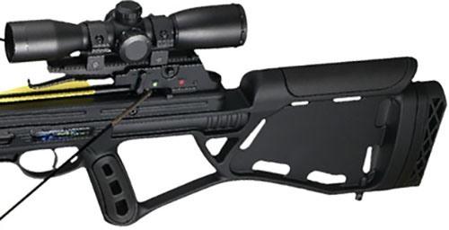 """Особая конструкция приклада и рукояти (компоновка """"булл-пап"""") позволяет надежно фиксировать оружие в руке, что, в результате, повышает точность выстрела"""