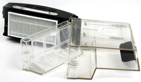 Пластиковый контейнер для мусора можно просто помыть под струей воды из-под крана