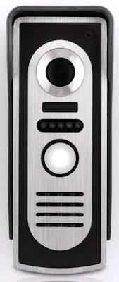 Подсветка в вызывной панели видеодомофона  позволяет увидеть посетителя даже в полной  в темноте