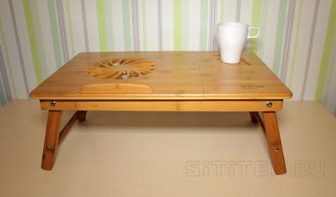 """Подстаканник в столике """"SITITEK Bamboo 1"""" расположен в правом верхнем углу его столешницы, поэтому кружка с любимым напитком не будет мешать использованию ноутбука"""